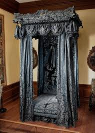 1000 ideas about gothic bed on pinterest gothic bedroom beds and gothic furniture awesome medieval bedroom furniture 50