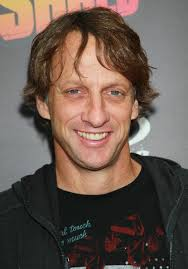 Skateboarder Tony Hawk attends the Tony Hawk Foundation benefit at the Green Acres Estate on October 17, 2010 in Beverly Hills, California. - Tony%2BHawk%2BTony%2BHawk%2BFoundation%2BBenefit%2BMzdyV3_9XHRl