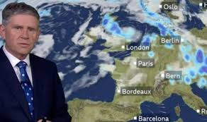BBC Weather: Month's <b>rain</b> falls in four hours as thunderstorms build ...