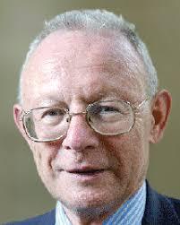 Pierre Merlin est professeur émérite à l'Université de Paris I (Panthéon-Sorbonne) et président de l'Institut d'urbanisme et d'aménagement de la Sorbonne. - WEB_CHEMIN_6317_1302534774