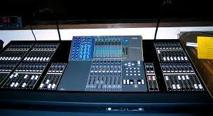 <b>Цифровой микшерный пульт</b> - Digital mixing console - qwe.wiki