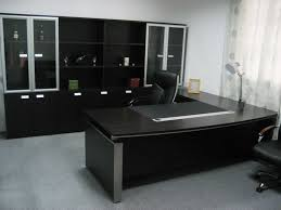 remarkable dark modern table and cabinets in modern executive office desk furniture design ideas executive bedroomremarkable awesome leather desk chairs genuine office