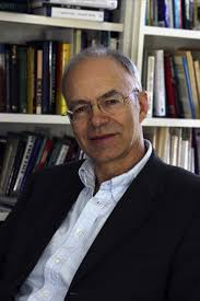 ethics in the real world brief essays on things that matter peter singer