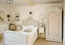 feminine bedroom furniture bed: full size of country french style decorating romantic master bedroom the headlining solid with canopy bed