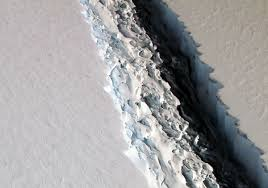 Antarktika'da trilyon tonluk buz dağı koptu
