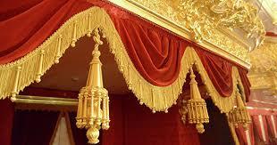 Театральные премьеры мая: «Евгений Онегин», «Бег» и «Отелло»