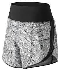 New Balance Women's 5 Inch <b>Printed Impact Short</b> Black