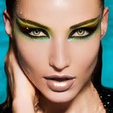small eyes are proportionately smaller in parison to the rest of the feature if you have small eyes try the following eye make up tips to make