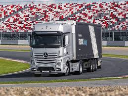 тест-драйв нового <b>Mercedes</b>-<b>Benz Actros</b>