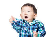 Resultado de imagem para bebe 1ano apontando