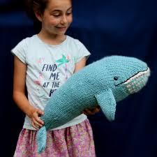 <b>Blue</b> Whale <b>Knitting</b> Pattern / Yarnigans