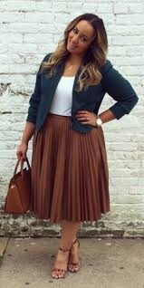 <b>Plus Size Outfits</b>