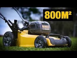 <b>Аккумуляторная газонокосилка DEWALT DCMW564P2</b> - YouTube
