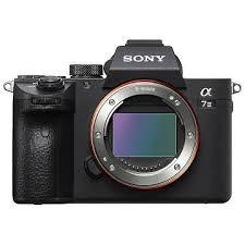 <b>SONY Alpha 7 III Kit</b>, 28-70mm (ILCE7M3K) from CHF 1'848.85 at ...