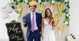 Olive <b>Garden</b> Is Creating <b>Custom Photos</b> for High Schoolers Missing ...