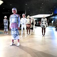 interview ece ozalp salone della moda 2016 the view design in my first collection i talk about the idea of questioning reality by using photographs and projection in the garments the question of what is real