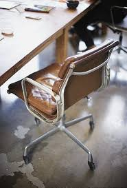 1000 ideas about office chairs on pinterest stools chairs and side chairs bedroomcute eames office chair chairs vintage