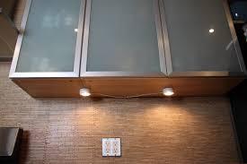 Under Cabinet Kitchen Light Wireless Under Cabinet Lighting Kitchen Installing Led