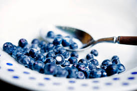 <b>Bilberry</b>: Benefits, Side Effects, Dosage, and Interactions