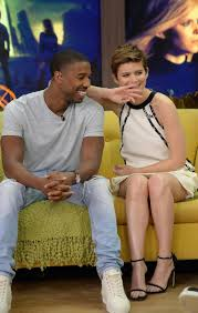 michael b kate mara handle rude interview like pros ny michael b and kate mara are seen on the set of despierta america
