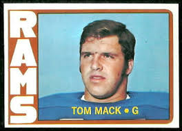 Tom Mack 1972 Topps football card. Want to use this image? See the About page. - Tom_Mack