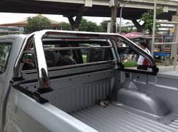 <b>Защитные дуги в кузов</b> для пикапов.