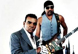 <b>Groove</b> With You - The <b>Isley Brothers</b> - LETRAS.MUS.BR