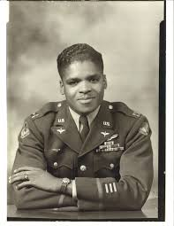 portraits of tuskegee airmen luther smith red tail squadron lhs official military photo