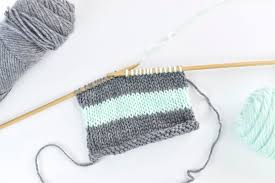 Changing <b>Colors</b> When Knitting <b>Stripes</b>