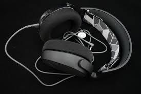 <b>Гарнитура SteelSeries Arctis 3</b> – лаконичный дизайн, созданный ...