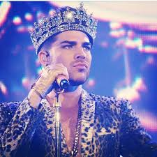 Resultado de imagem para adam lambert e queen concert final