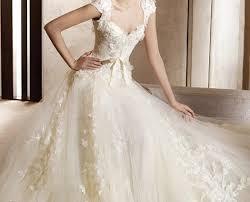 لانك الاجمل اجمل فساتين العريس images?q=tbn:ANd9GcR