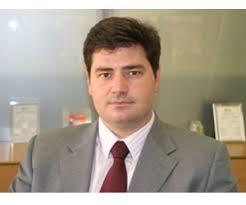 Andrés Vicente se incorporó al operador en 2003 procedente de Quantum Gap, compañía de la que fue cofundador, tras su paso por Airtel, origen en España de ... - Vodafone_AndresVicente