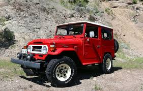 <b>Toyota FJ40 Land Cruiser</b>: Japan's answer to the Willys Jeep | Driving