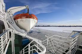<b>Покрытый</b> льдом финский залив в морском порту санкт ...