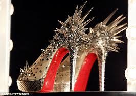 Resultado de imagem para fotos de sapatos Louboutin