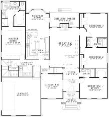 Classic Split Bedroom Design   ND   st Floor Master Suite    Floor Plan