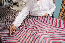 Leheriya <b>Tie</b>-<b>Dye</b>: Leheriya textile — Google Arts & Culture