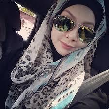 GAMBAR: Isteri Apek, Leuniey Natasha Dah Bertudung? - isteri%2Bapek%2Bbertudung%2B3