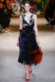 Take a look to <b>Viktor &amp</b>; <b>Rolf</b> Haute Couture Spring Summer ...