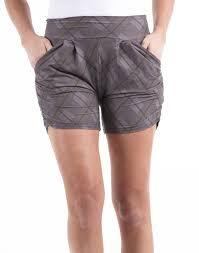<b>Black and Gray</b> Diamond Harem Shorts – The BE ME Boutique