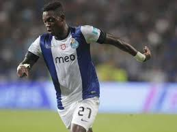 Liverpool increase their bid to €5.8m for Porto winger Christian Atsu [O Jogo]