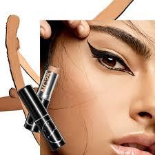 <b>Studio Fix</b> Foundation and Concealer   <b>MAC Cosmetics</b>