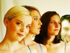Mit Jennifer Kothe, Henriette Groth, und Stefanie Polster holte sich Peter Wehrmann drei Gesangsprofis mit reichlich Erfahrung und musikalischer Bildung ins ... - ec_38a01829bbf23b3243a908e6ce28fa3c