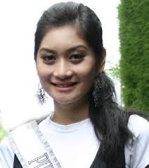 Putri Indonesia Pariwisata 2009, Ayu Pratiwi, tidak mau lagi memiliki binatang peliharaan. Hal itu disebabkan dirinya takut tak bisa memberikan kebahagiaan ... - ayu-dlm