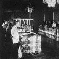 「1945年御前会議」の画像検索結果