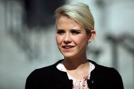 SALT LAKE CITY — Minutes after 14-year-old Elizabeth Smart was snatched from her bedroom in the dead of night, a police cruiser idled by along a ... - elizabeth-smart
