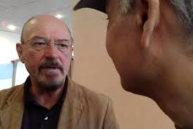 Jethro Tull perform in Armenia. By Onnik Krikorian in Armenia May 23, 2009 1 Comment. ian_anderson.jpg. Living in Armenia can be nothing if not bizarre, ... - ian_anderson