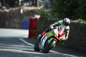 WIN: A set of <b>Metzeler Racetec RR</b> Tyres - UK Clubsport