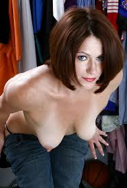 Redhead Milf Porn Pictures redhead milf porn pictures Free Redhead pics.